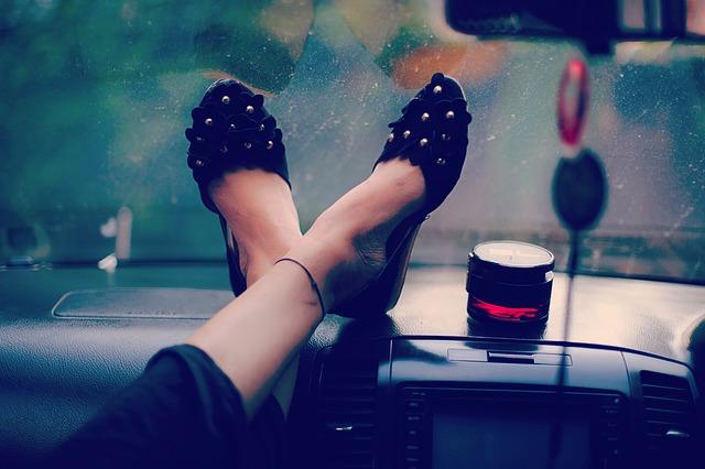 des grandes chaussures pour femme