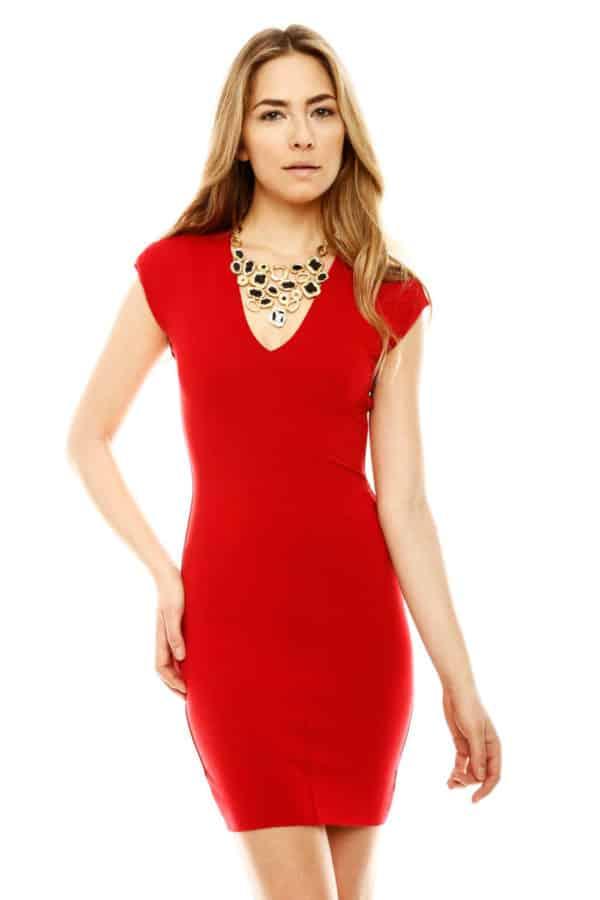 17d63d011d0 Quels bijoux avec une robe rouge