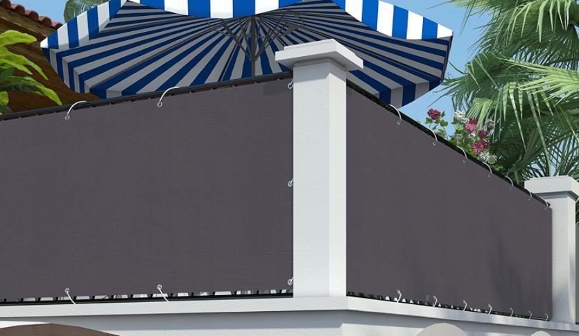 brise vue sur un balcon