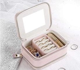 miroir d'une boite à bijoux