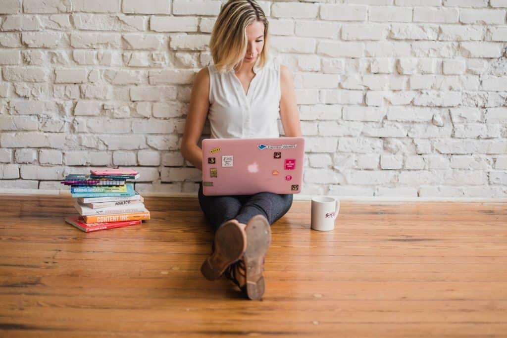 Illustrer son blog beauté avec des vidéos et des images