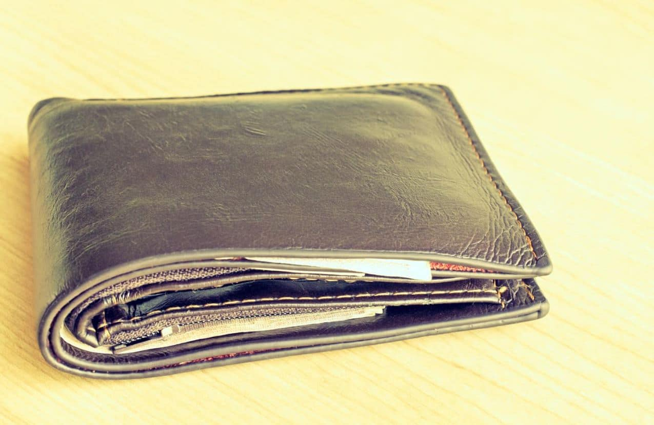 entretien portefeuille en cuir