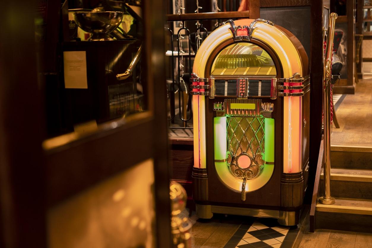 grand jukebox vintage
